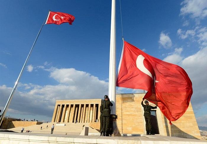 Anıtkabir Bayrak Direği