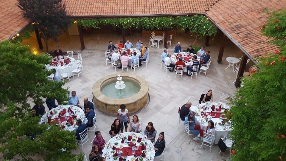 AvanosBazaar 54 Havuzlu Bahçe