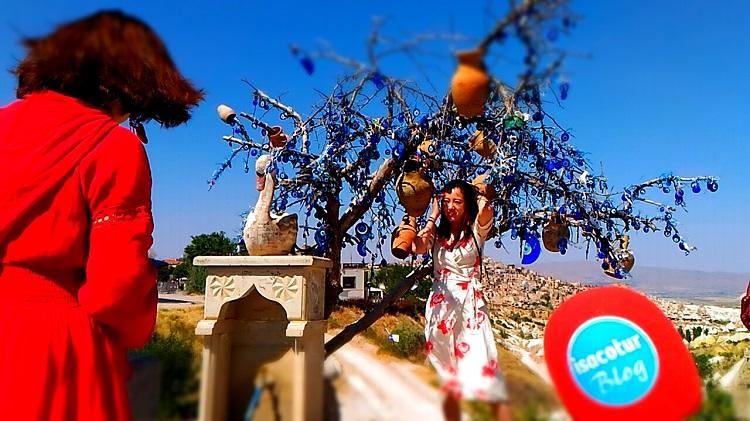Güvercinlik Vadisi Nazar Boncuklu Ağaç