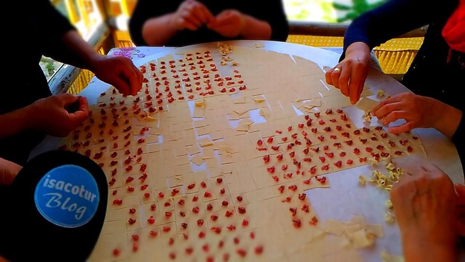 Altınköy Köy Bakkalı Neler Satılıyor? El yapımı mantı