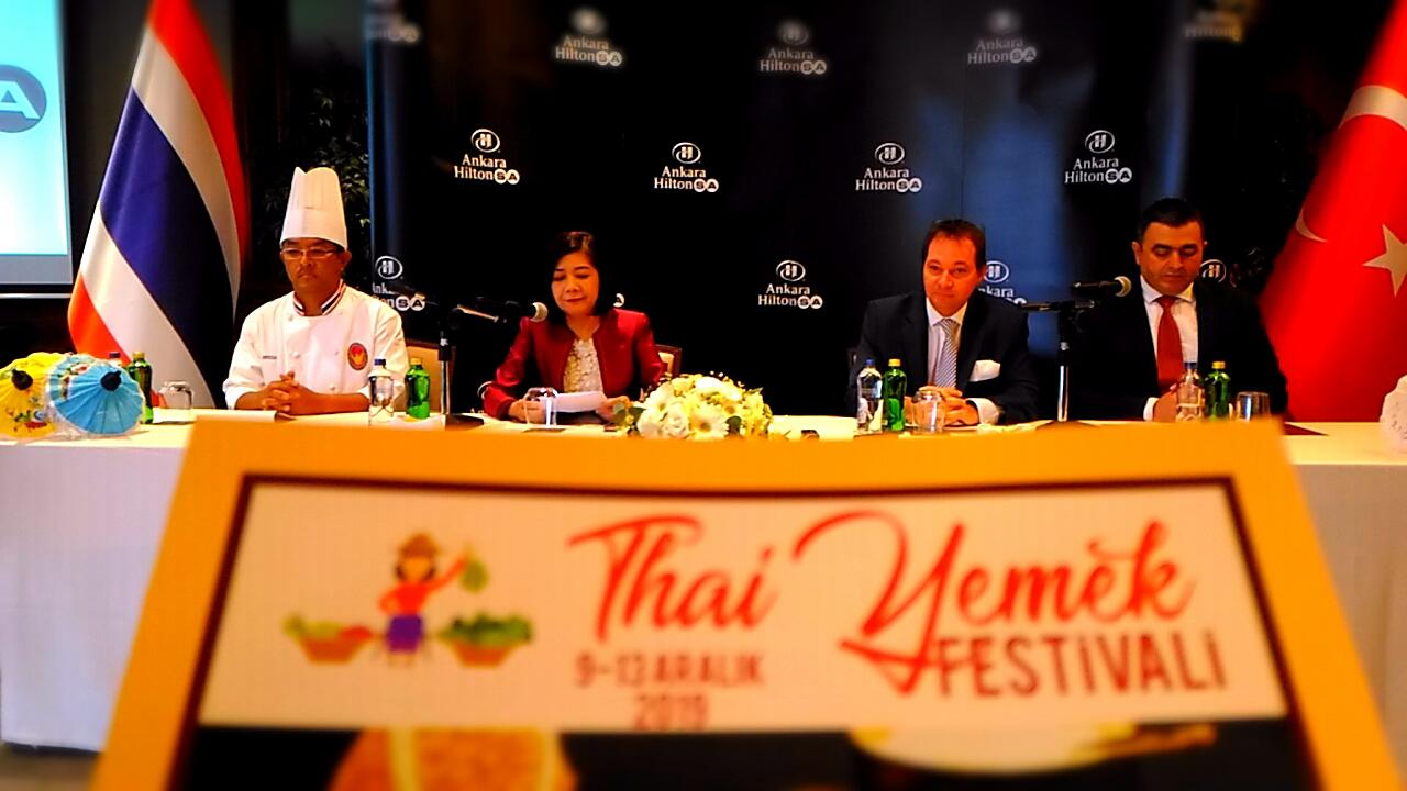 Tayland Sokak Yemekleri Festivali Açılış Konuşmasında Konuşan Ankara Büyükelçisi Ekarohit